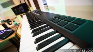 dela-media_Studio_Keyboard_WEB